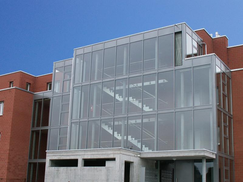 glasfassade holz und alu glasfassadenkonstruktion. Black Bedroom Furniture Sets. Home Design Ideas