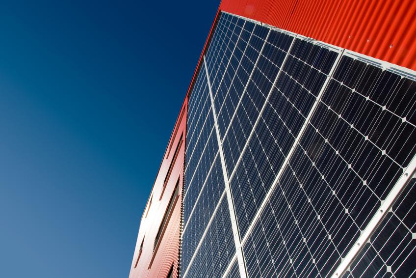 solarfassade photovoltaik fassade aus einer hand. Black Bedroom Furniture Sets. Home Design Ideas